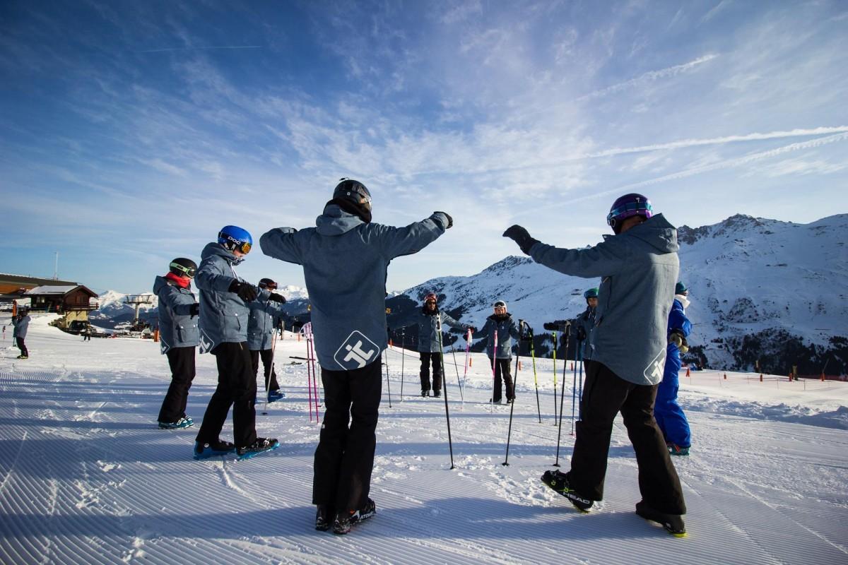 Become a ski instructor
